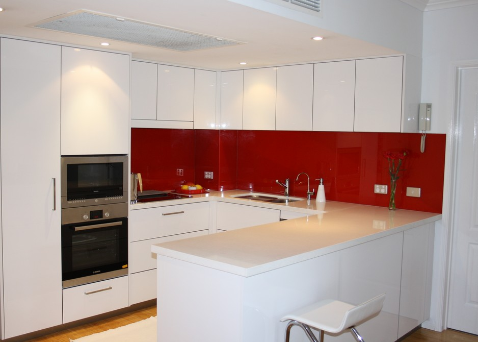 u shaped kitchen renovation photo - 7