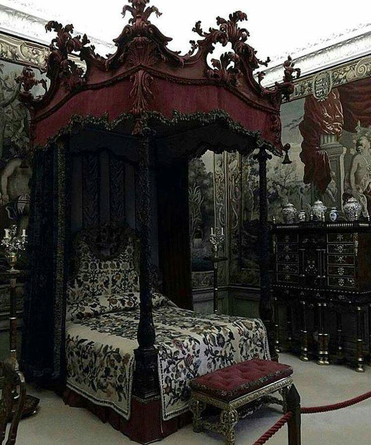 victorian gothic bedroom photo - 6