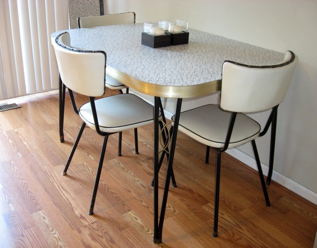 vintage kitchen table and chairs set photo - 5