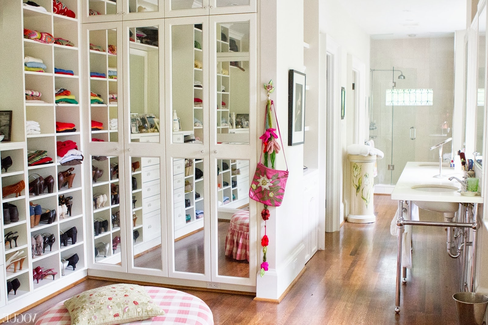 walk in closet designs for teenagers photo - 3