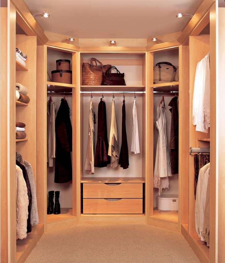 walk in closets by design photo - 9