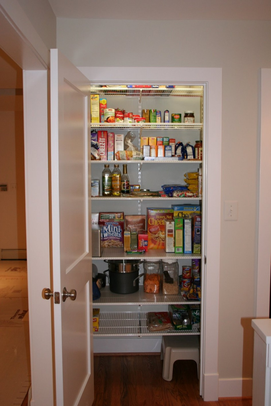 walk in pantry shelving systems photo - 1