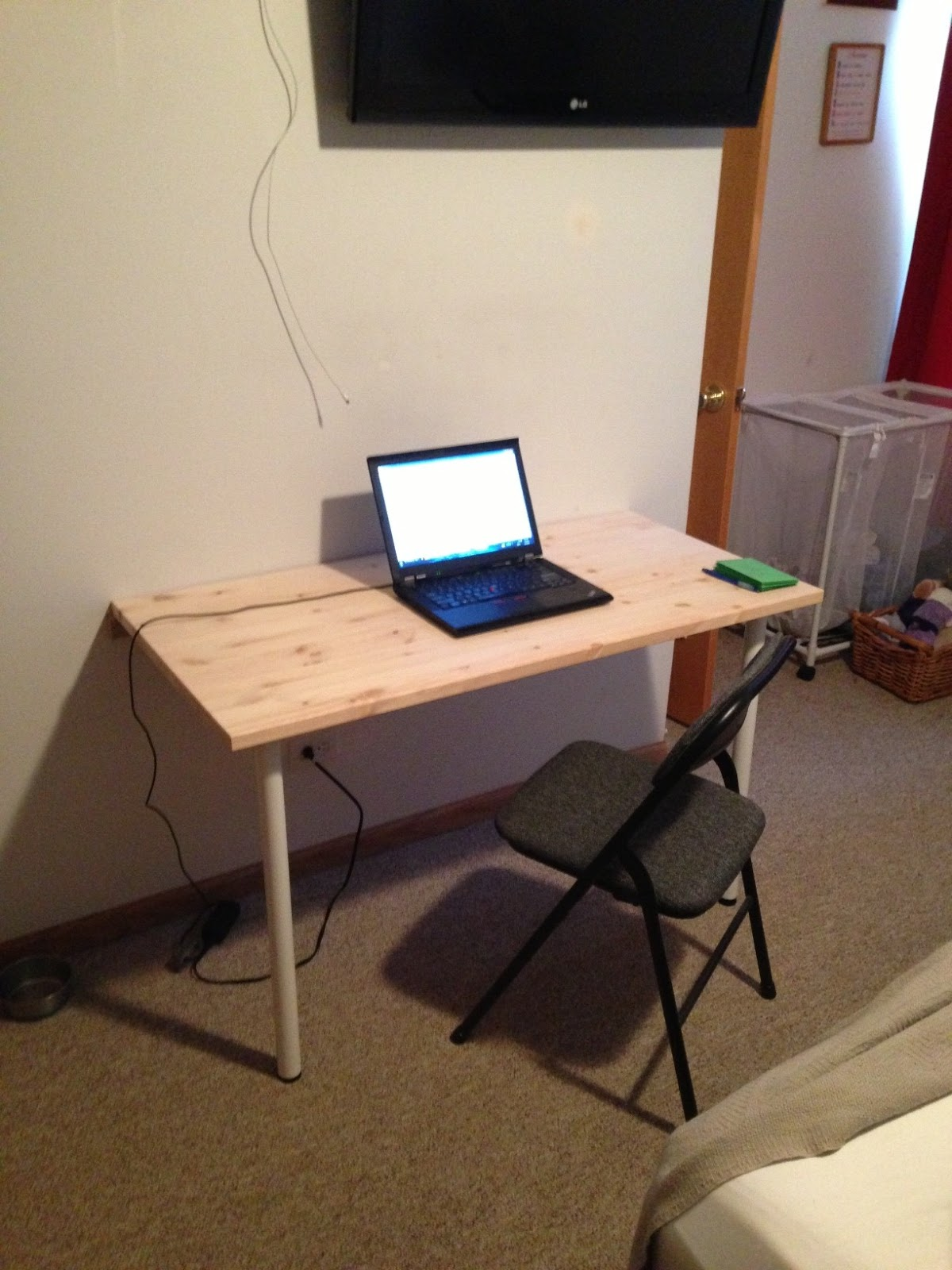 wall mounted desk build photo - 8