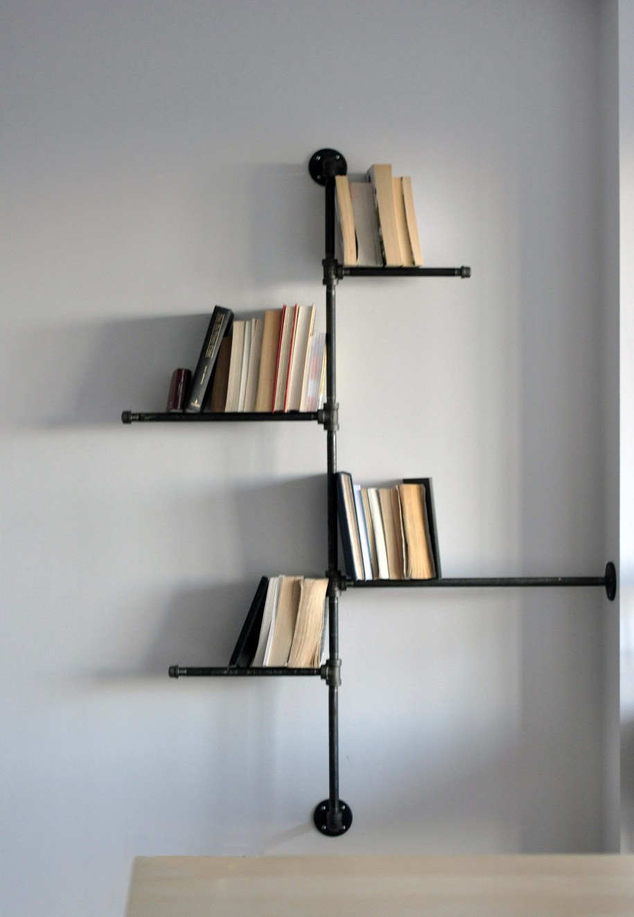 wall mounted shelves for books photo - 9