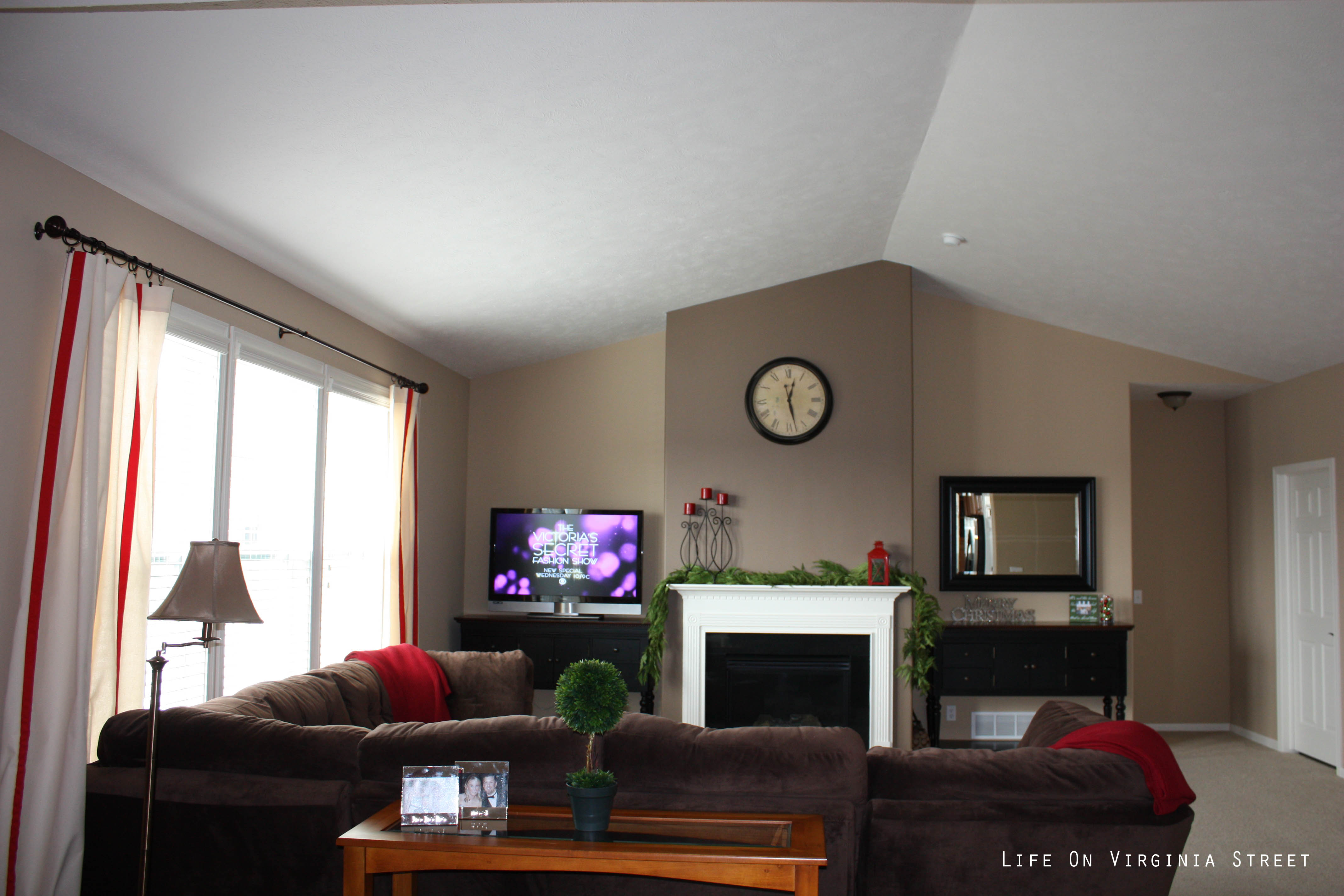 wall paint colors living room photo - 10
