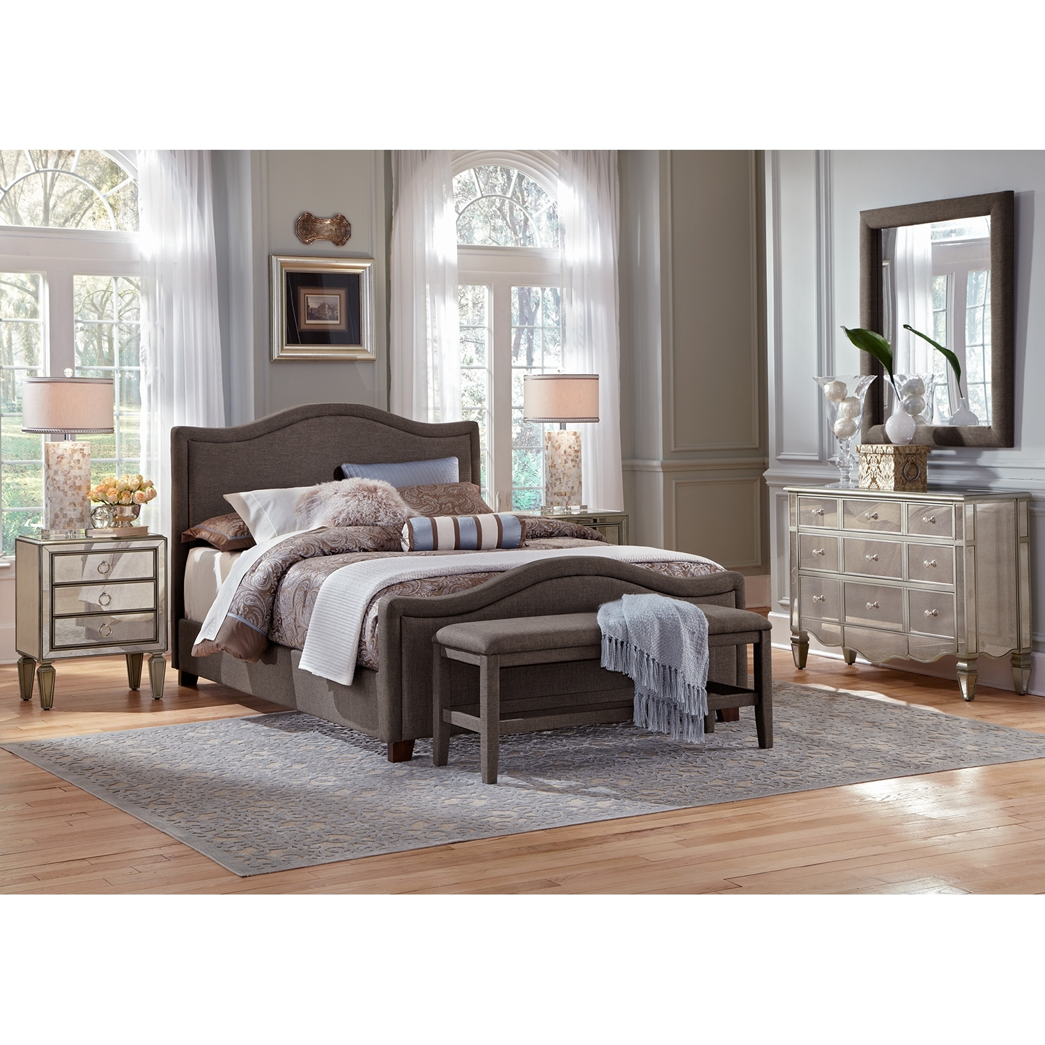 wood and mirrored bedroom furniture photo - 2