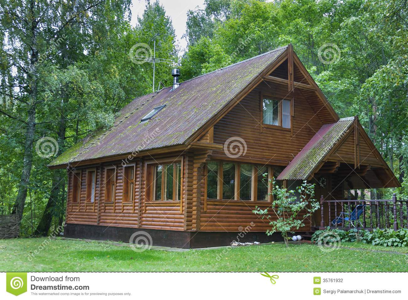 wooden country house photo - 7