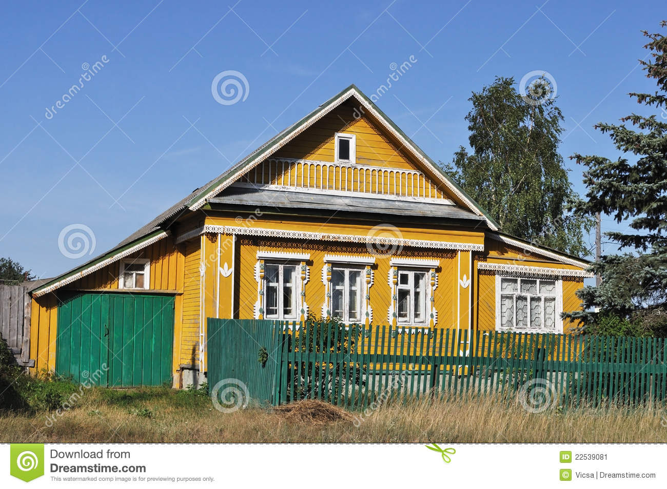 wooden country house photo - 9