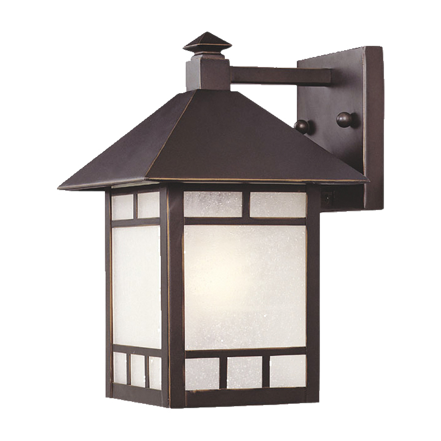 Architectural outdoor wall lighting