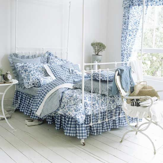 Blue and white country bedrooms