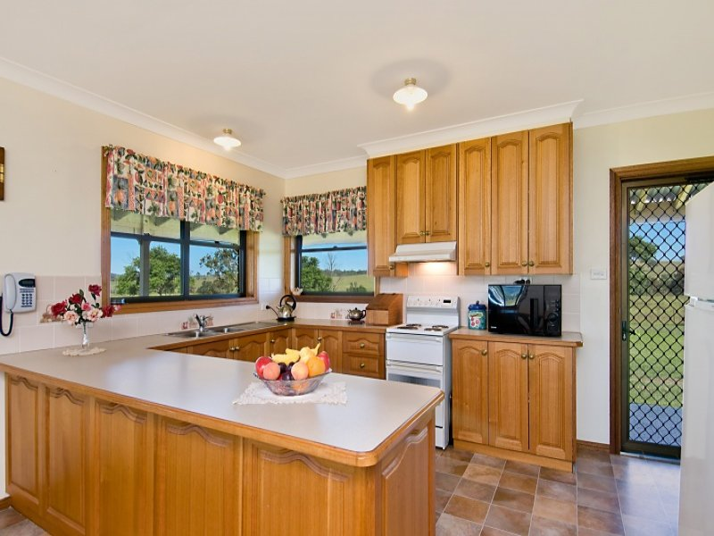 U shaped country kitchen designs