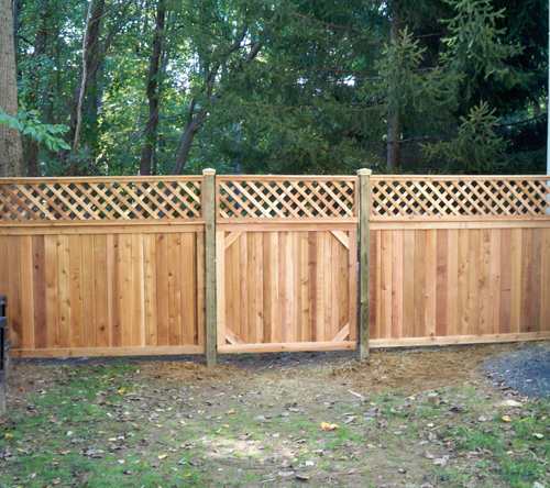 Foolproof Designs and Privacy Fence Types For Your Updated Home photo - 7