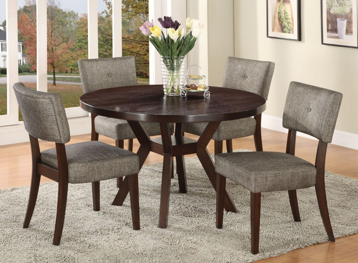 Small Circle Dining Room Table photo - 1