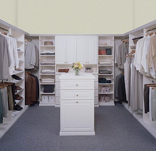 walk in closets by design photo - 5