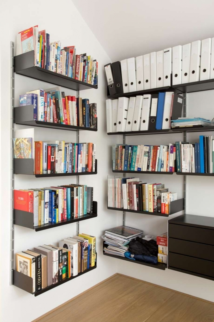 wall mounted shelves for books photo - 8