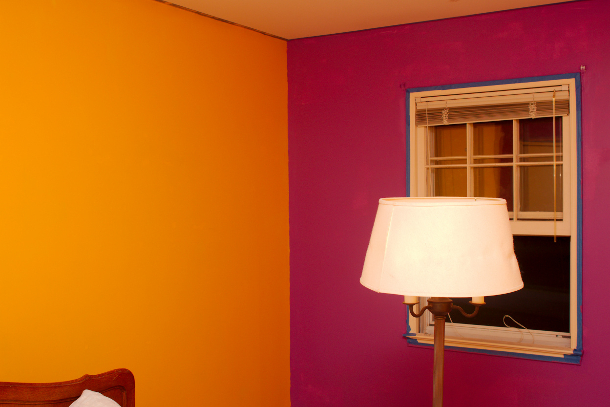 wall paint different color photo - 3